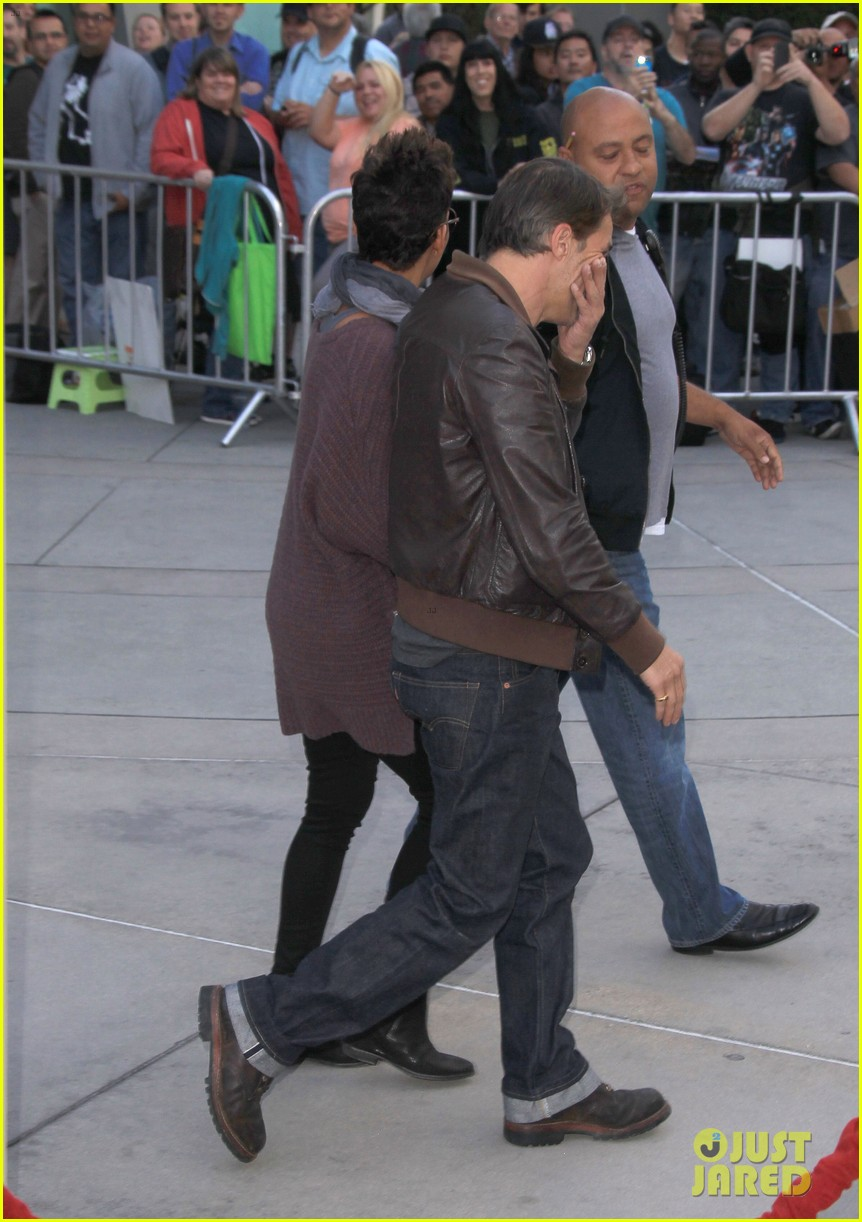 halle berry high fives nahla after olivier martinez date 052877645
