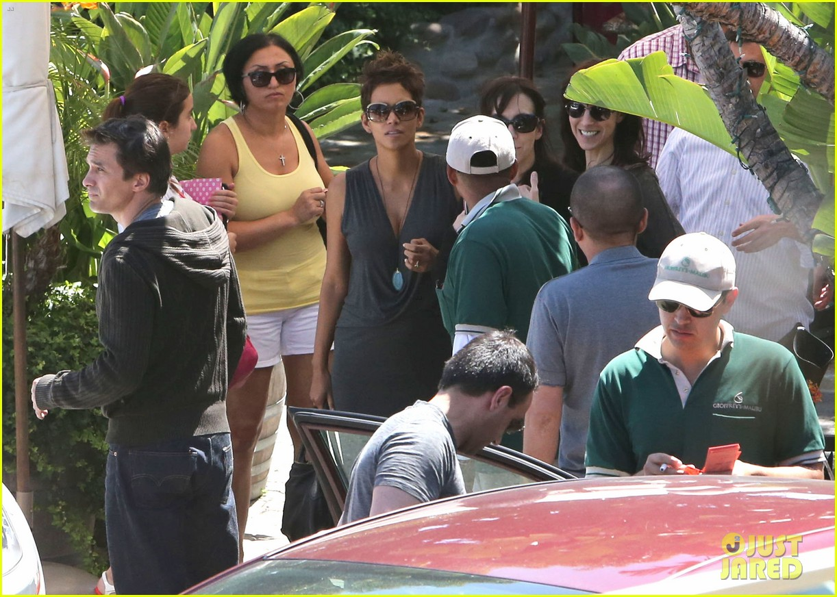 halle berry olivier martinez geoffreys couple 062874522