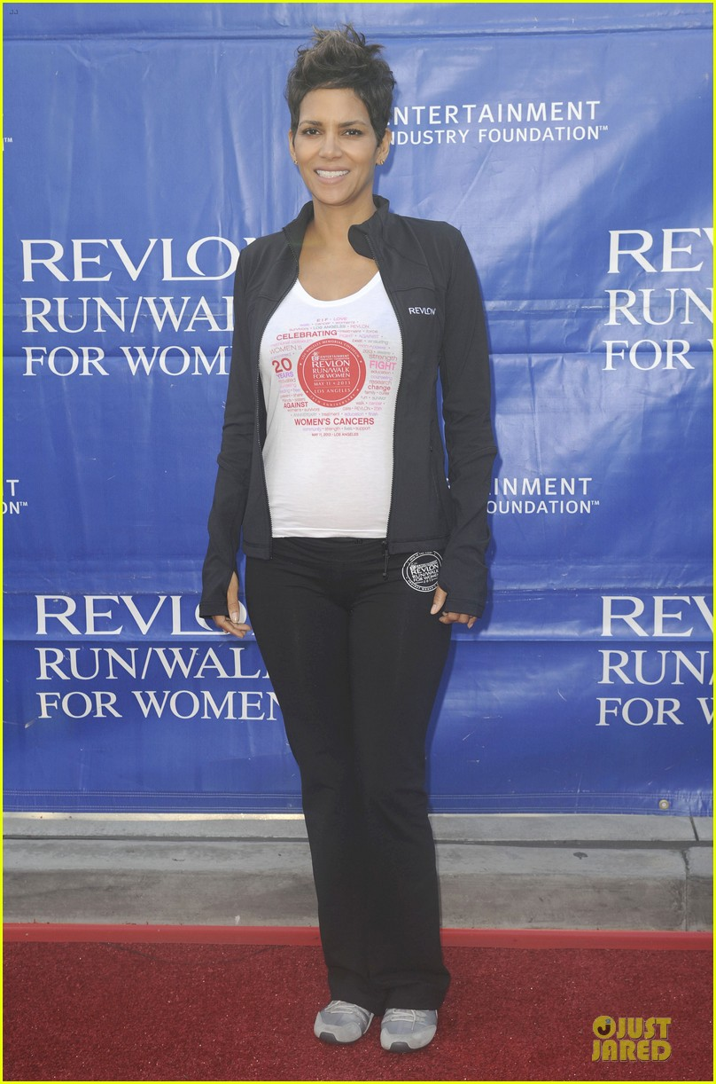 halle berry revlon run for women in la 052868375
