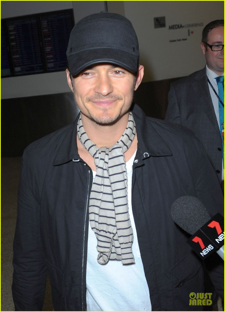 orlando bloom australia arrival after cannes 022879752