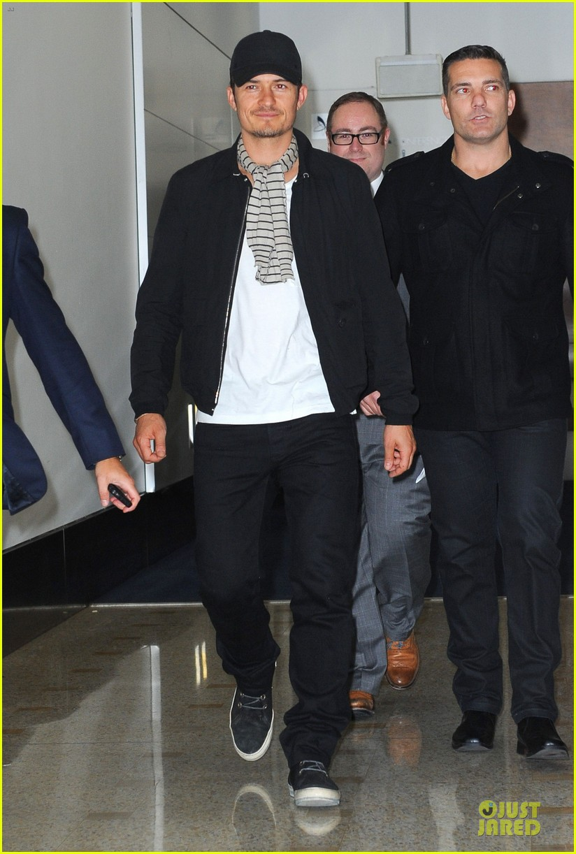 orlando bloom australia arrival after cannes 032879753
