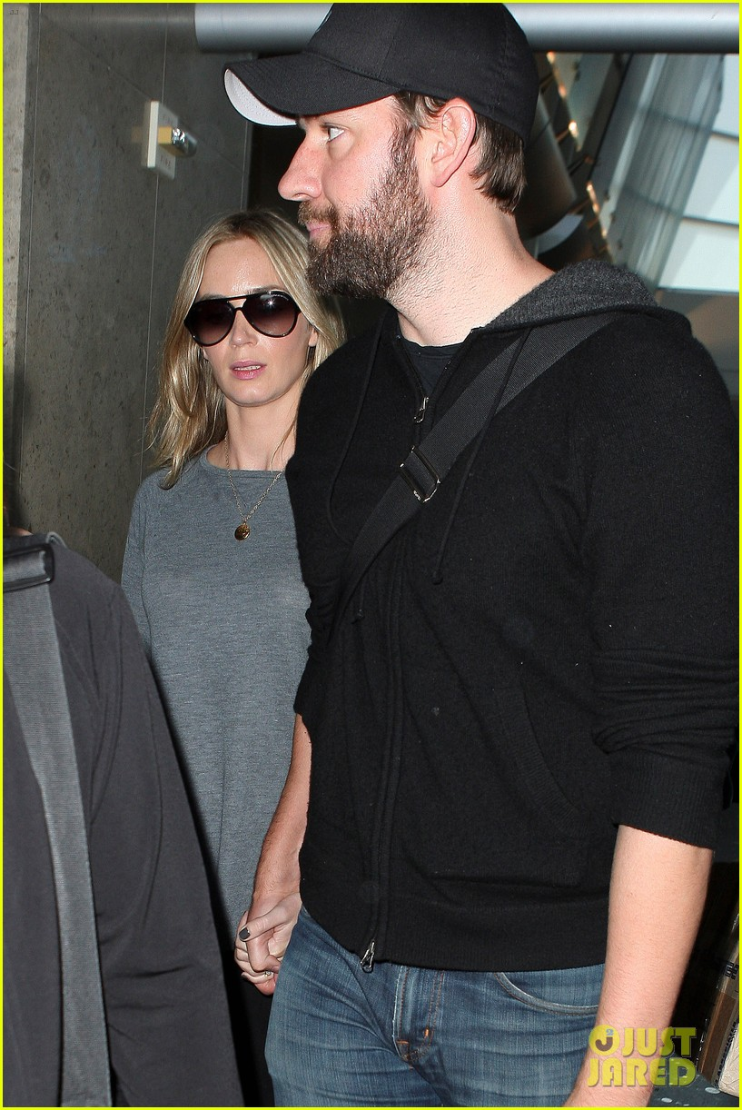 emily blunt john krasinski return to los angeles 162868197