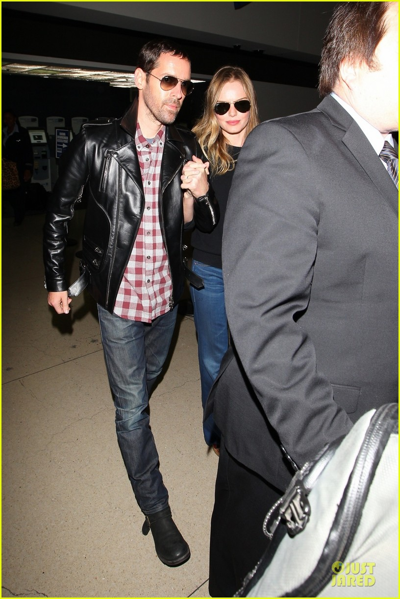 kate bosworth michael polish lax landing after met ball 012866345