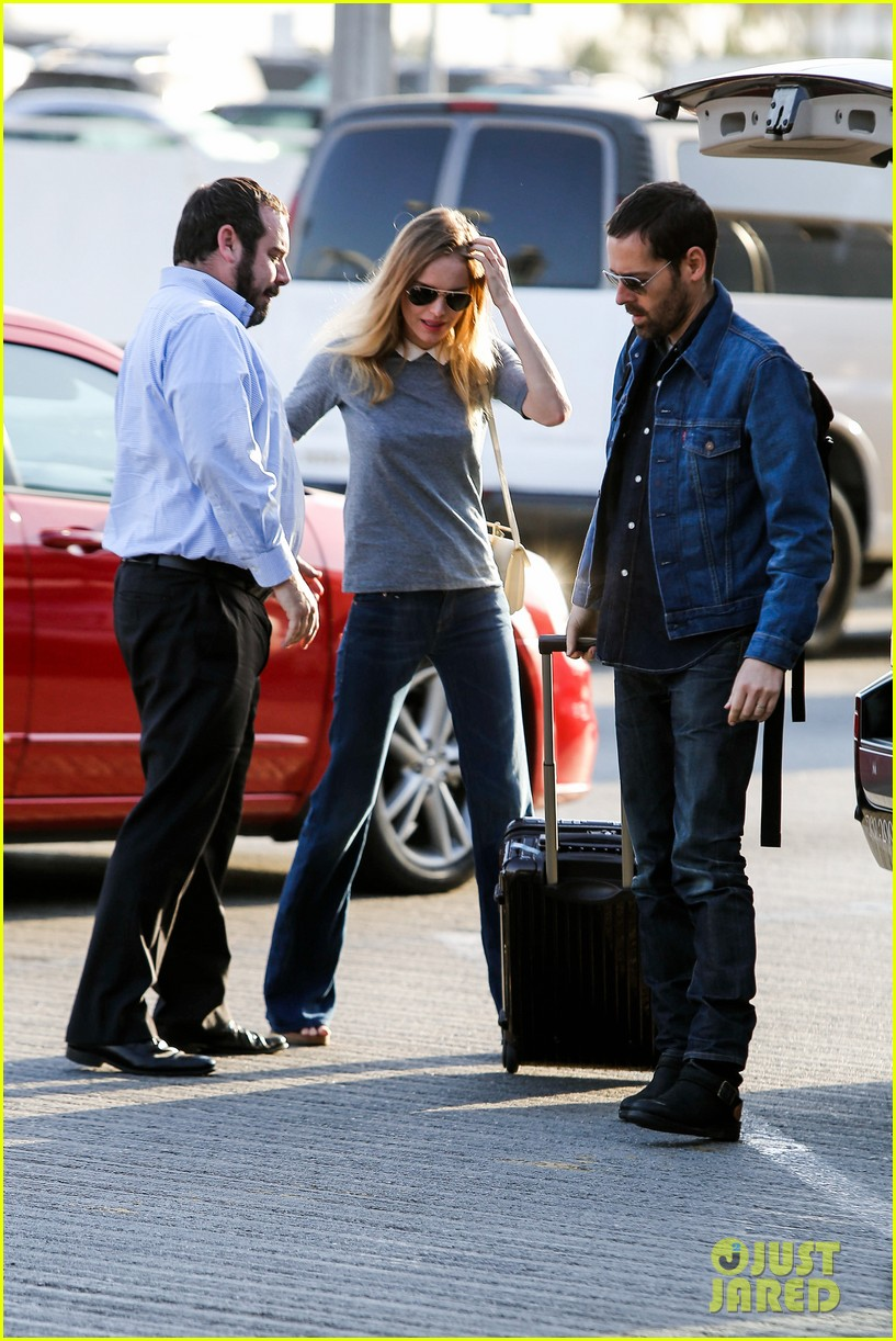 kate bosworth michael polish hold hands before flight 132862460