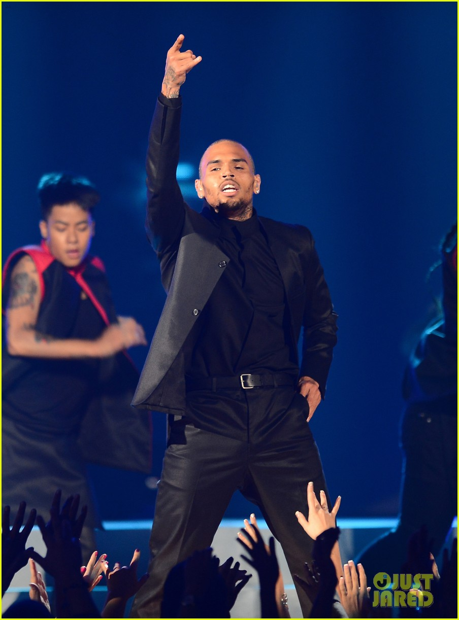 chris brown billboard music awards 2013 performance video 032874072