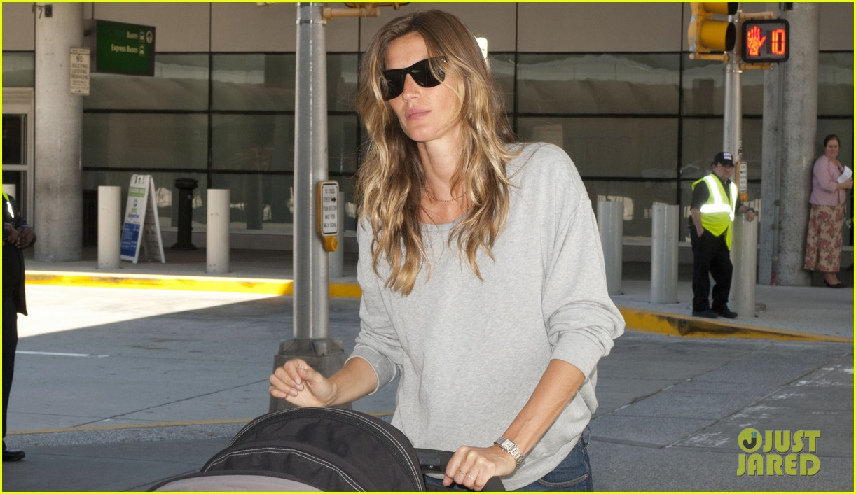 gisele bundchen vivian fly to nyc after hm campaign news 032862445