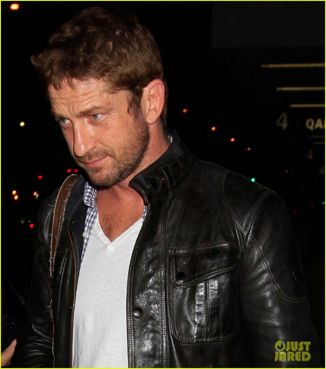 gerard butler from new york to lax 012867132