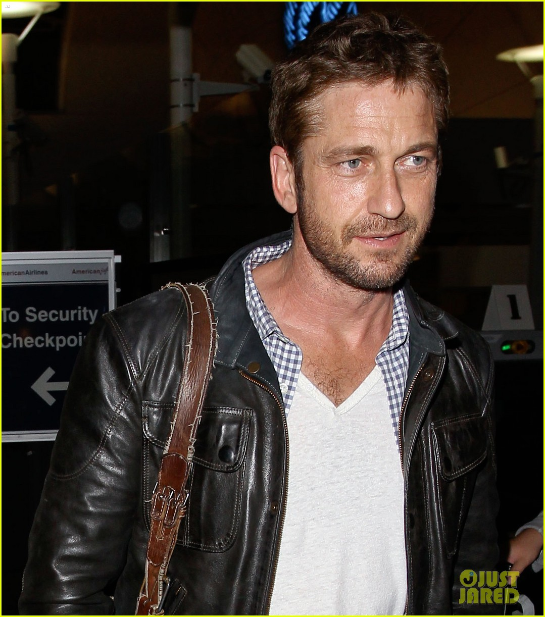gerard butler from new york to lax 042867135