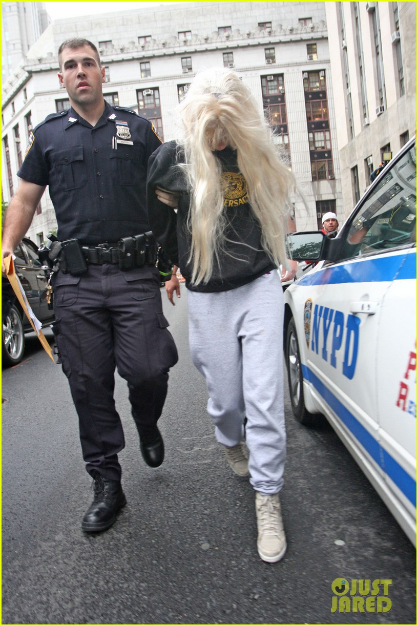 amanda bynes court appearance after arrest 01