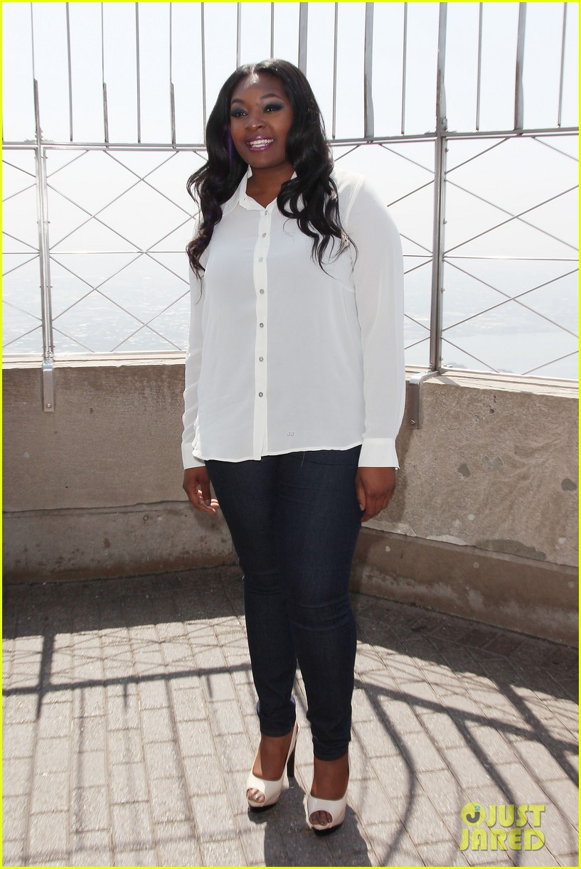 american idol winner candice glover visits empire state building exclusive quotes 012875589