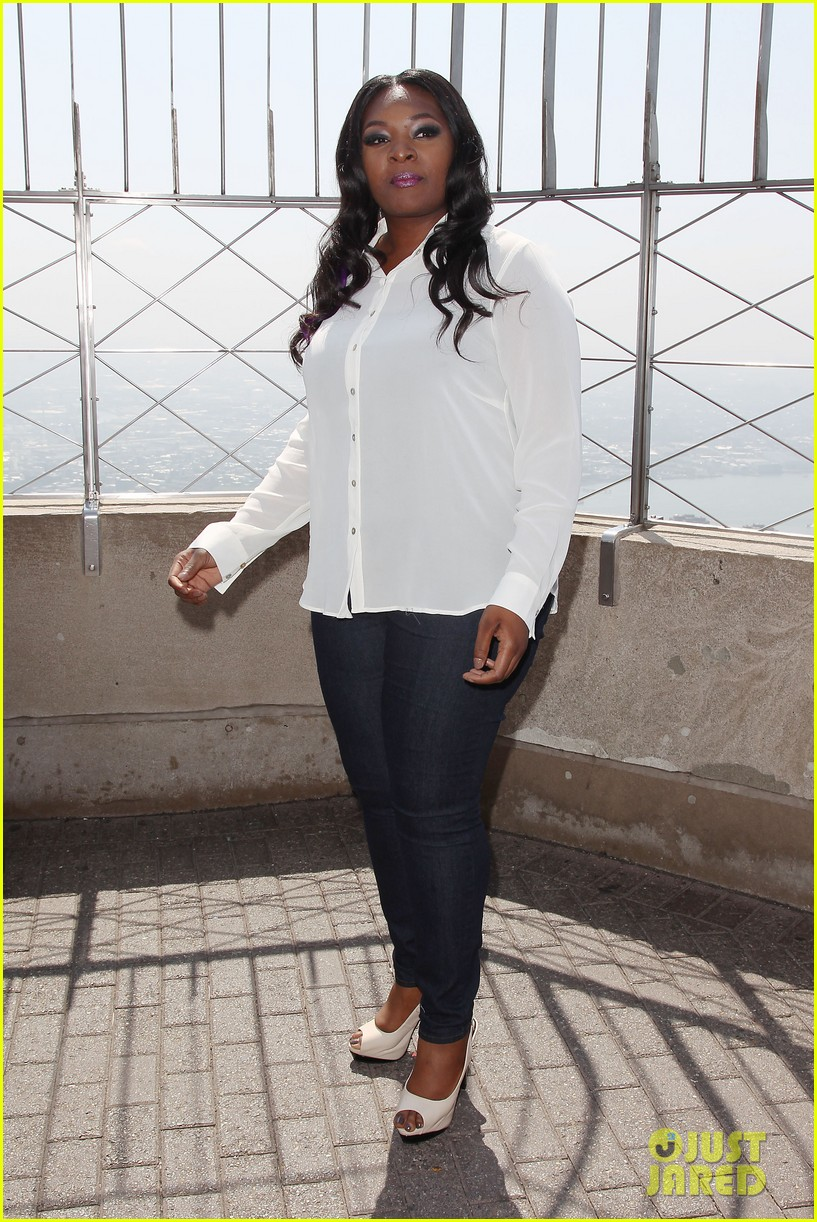 american idol winner candice glover visits empire state building exclusive quotes 062875594