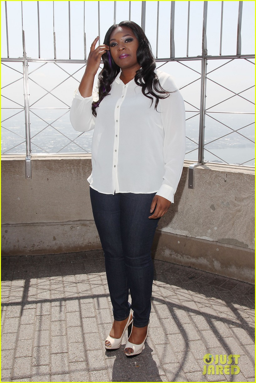 american idol winner candice glover visits empire state building exclusive quotes 072875595