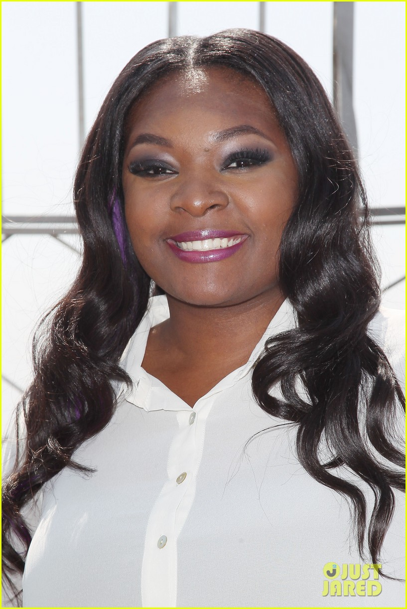 american idol winner candice glover visits empire state building exclusive quotes 112875599