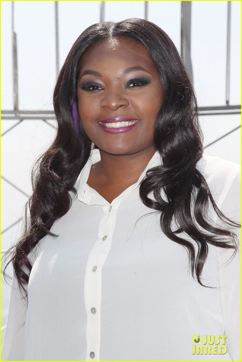 american idol winner candice glover visits empire state building exclusive quotes 122875600