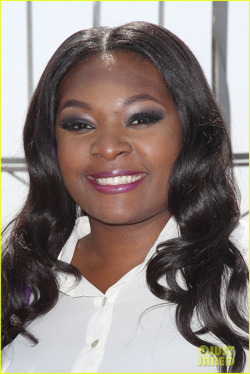 american idol winner candice glover visits empire state building exclusive quotes 132875601