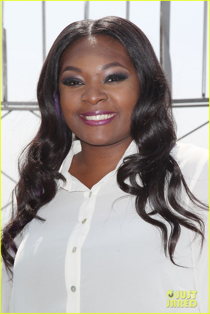 american idol winner candice glover visits empire state building exclusive quotes 142875602
