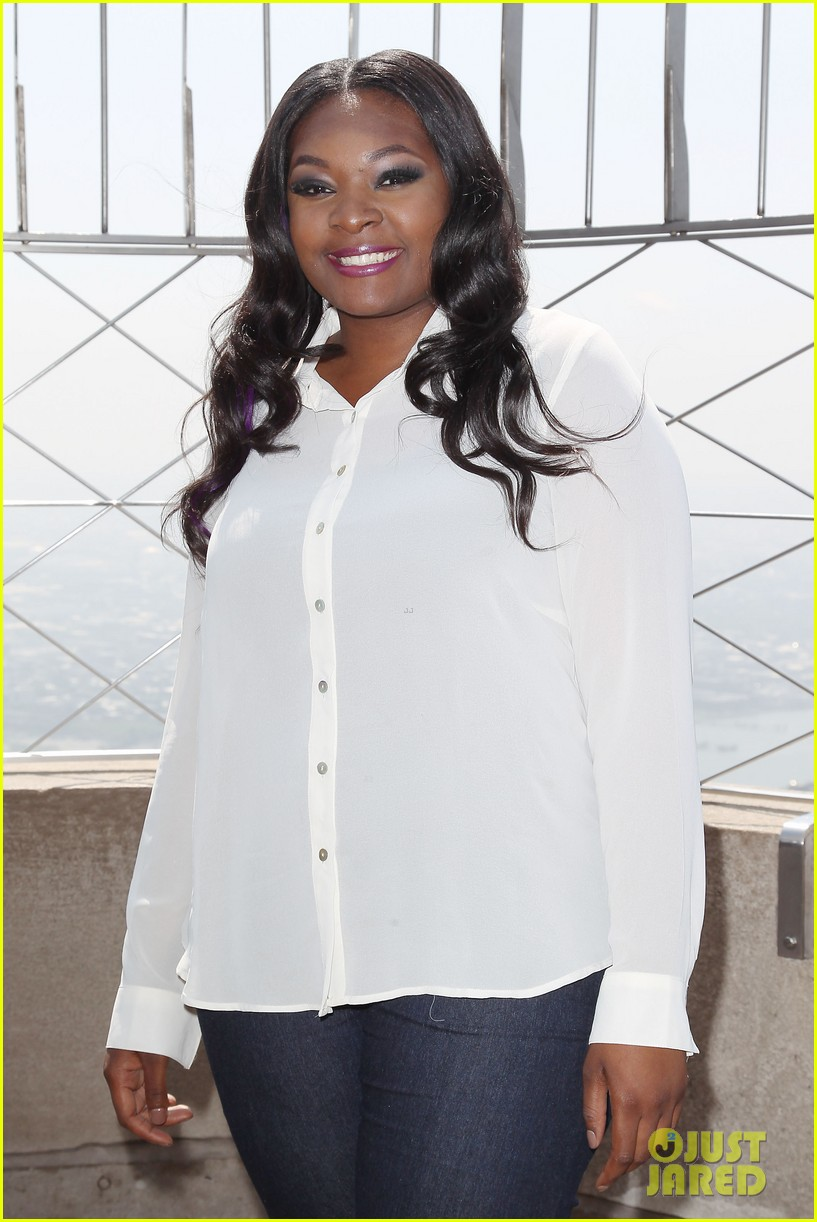 american idol winner candice glover visits empire state building exclusive quotes 152875603