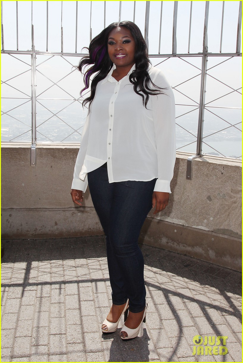 american idol winner candice glover visits empire state building exclusive quotes 182875606