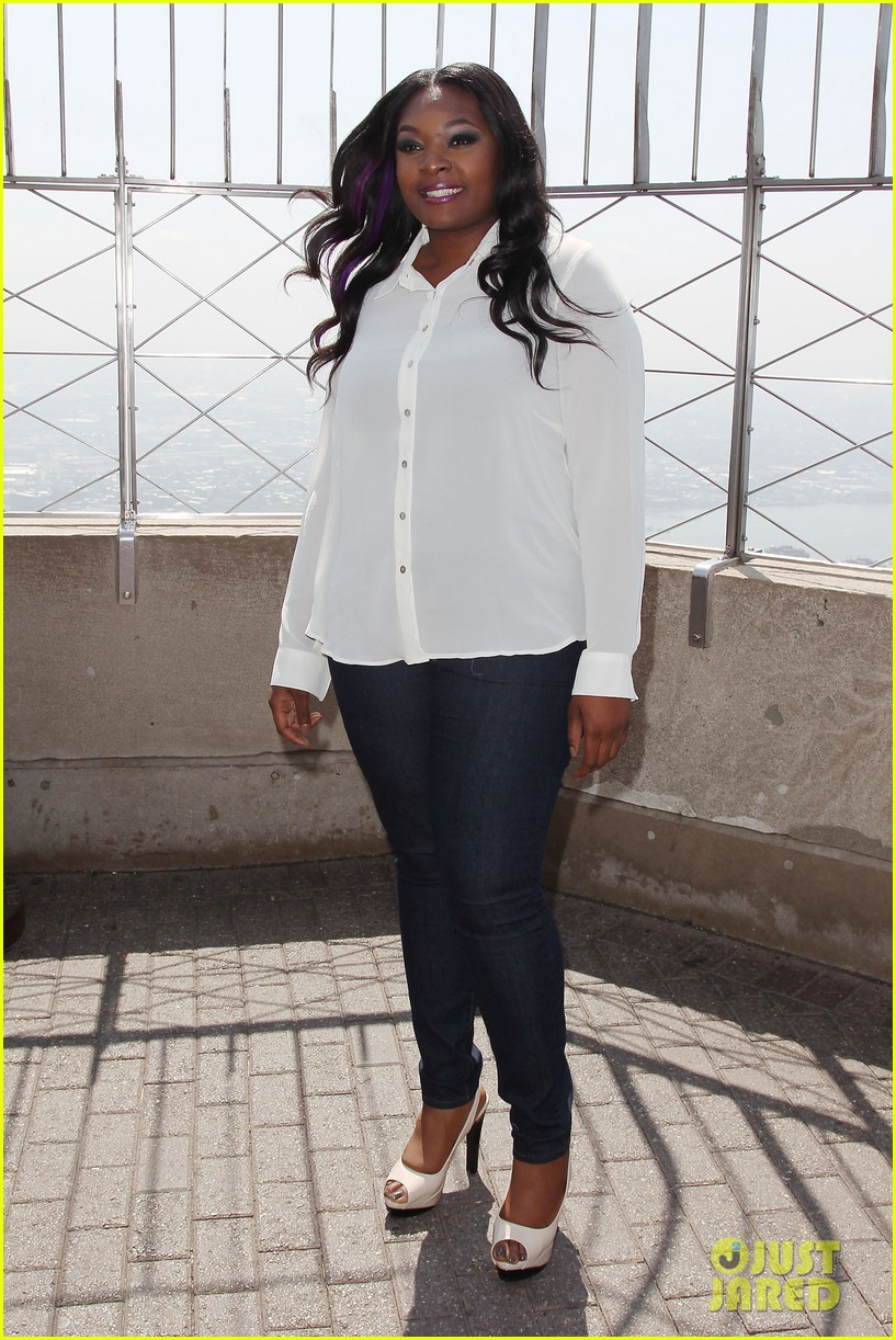 american idol winner candice glover visits empire state building exclusive quotes 192875607