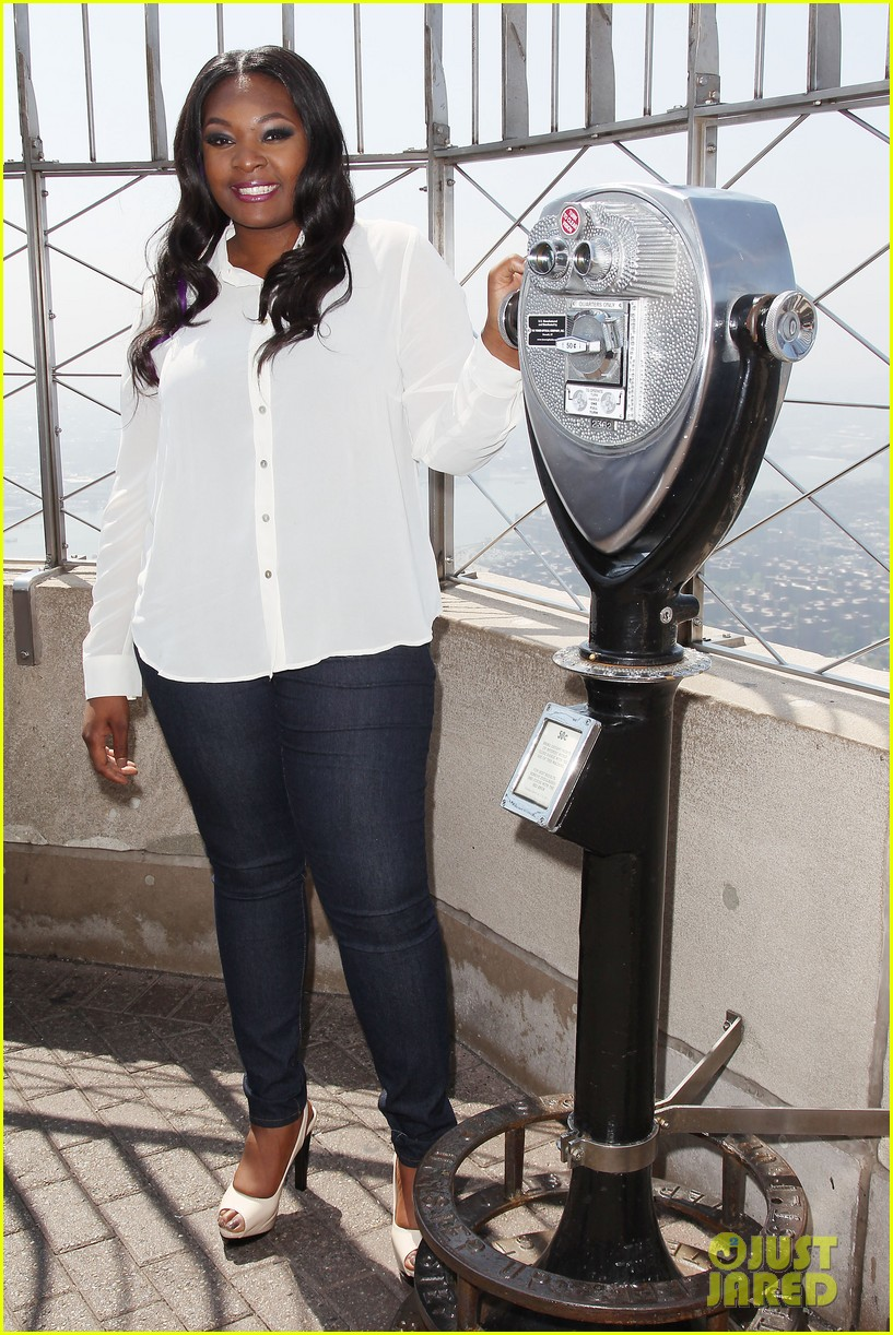 american idol winner candice glover visits empire state building exclusive quotes 282875616