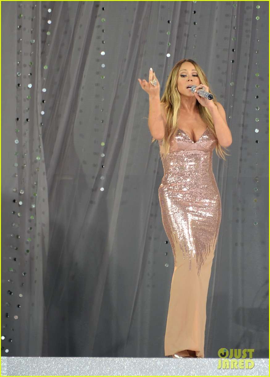 mariah carey wardrobe malfunction on gma 062877420
