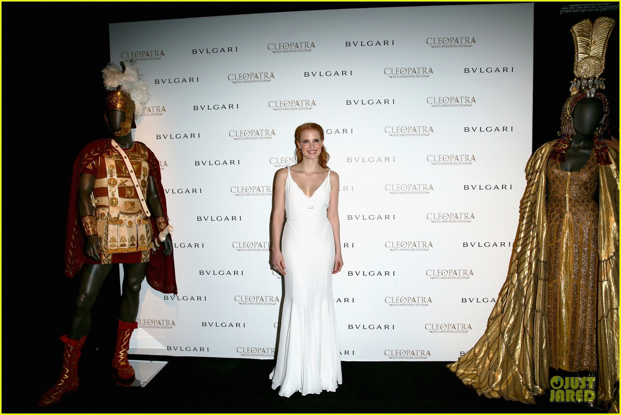 jessica chastain cleopatra cocktail party 072875868