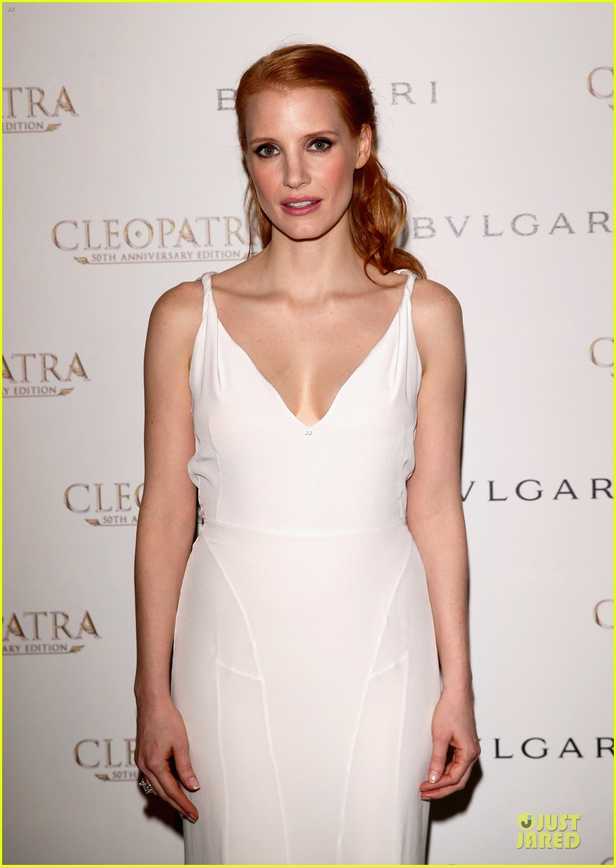 jessica chastain cleopatra cocktail party 092875870