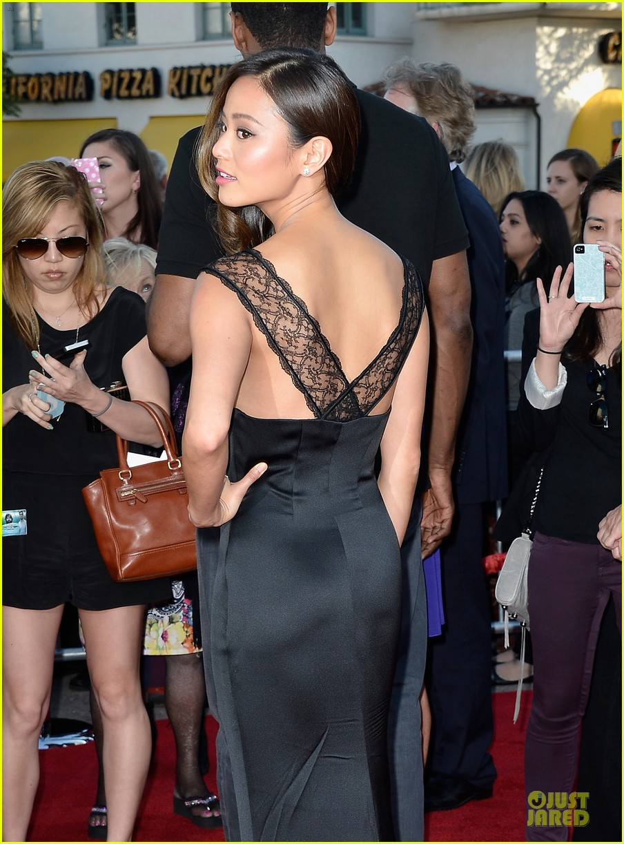 jamie chung naya rivera the hangover part iii premiere 022875272