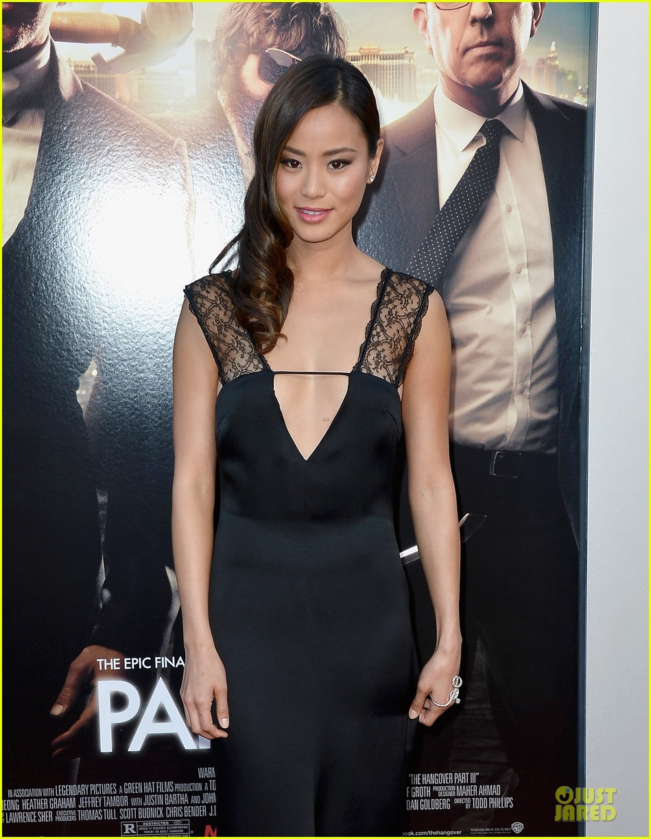 jamie chung naya rivera the hangover part iii premiere 062875276
