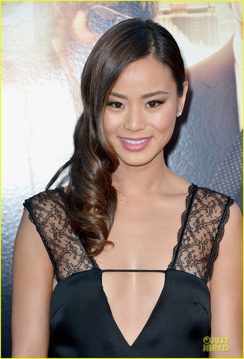 jamie chung naya rivera the hangover part iii premiere 09