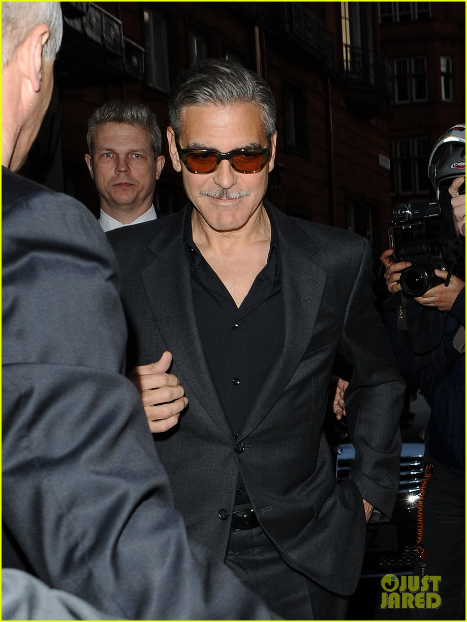 george clooney dines in london stacy keibler hits grand prix 102878295