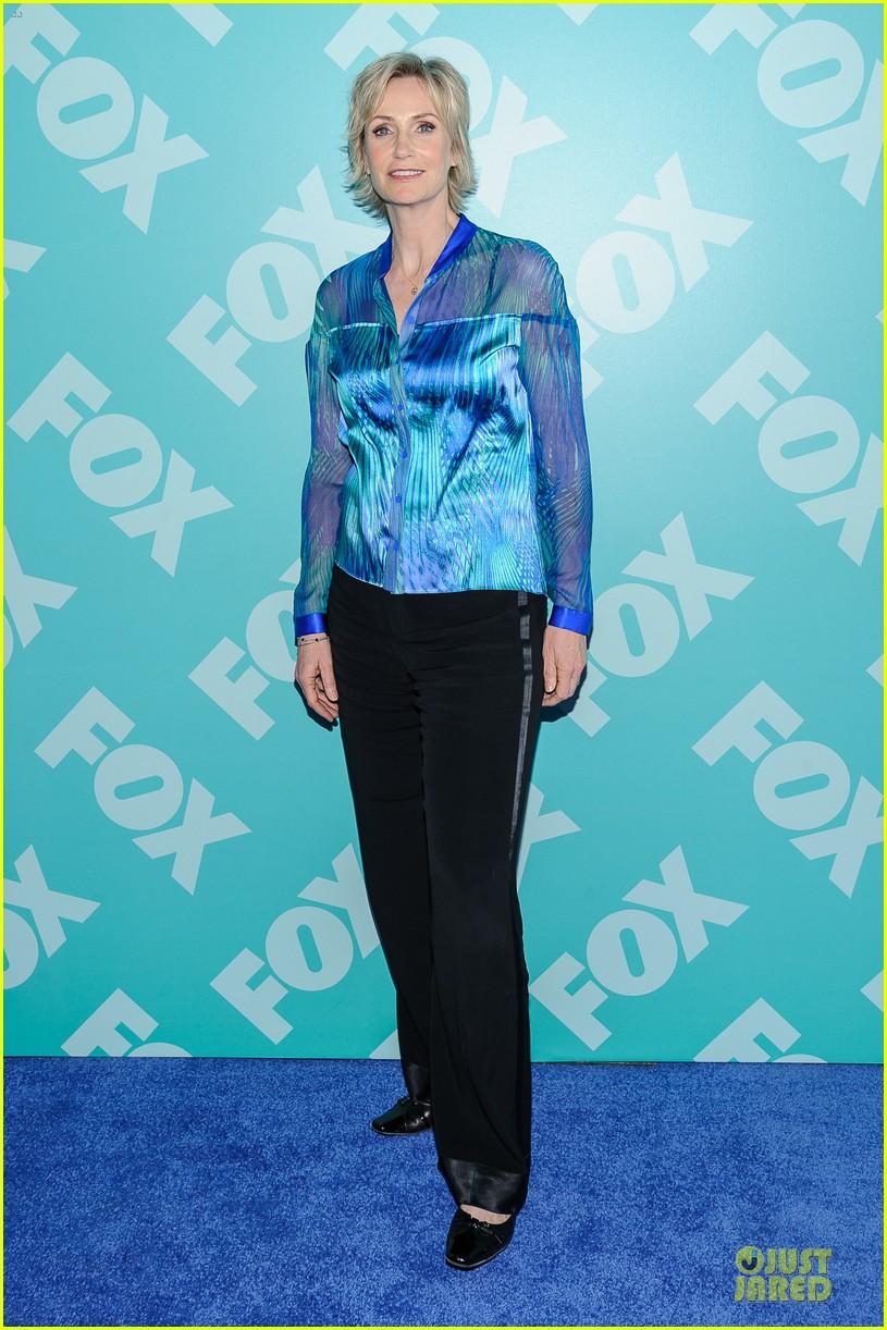 jenna ushkowitz chris colfer fox upfront presentation with glee cast 032869947