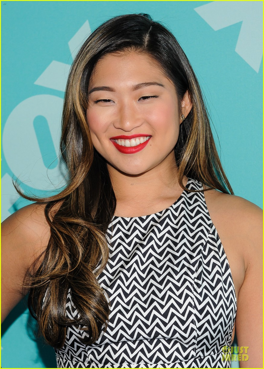 jenna ushkowitz chris colfer fox upfront presentation with glee cast 112869955