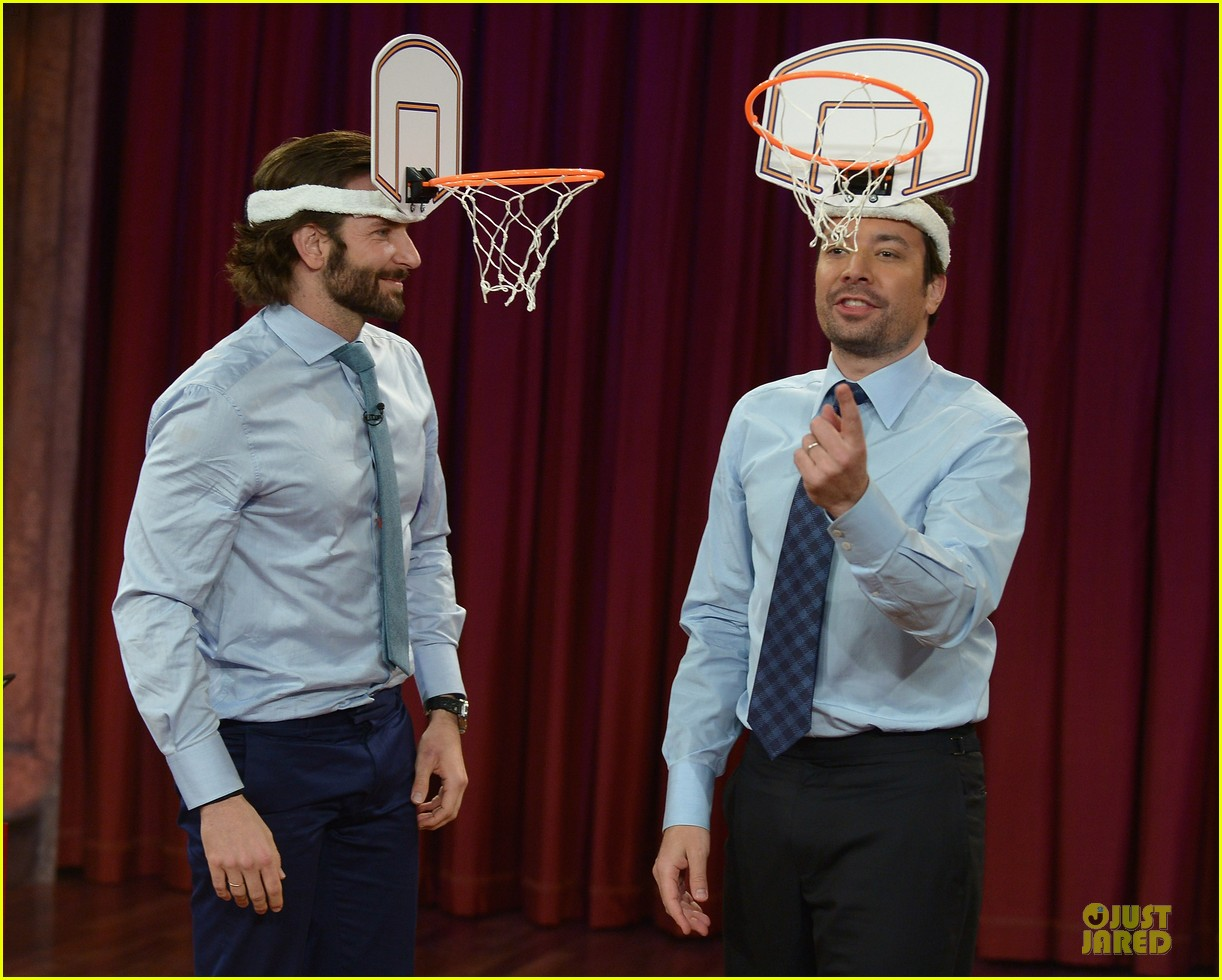 bradley cooper wears mini basketball hoop on fallon 122869768