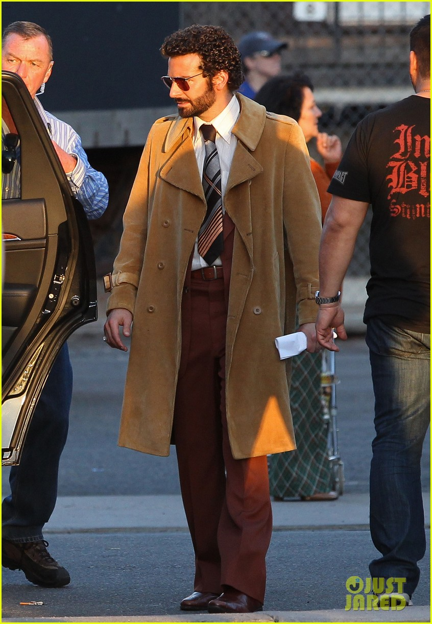 bradley cooper films american hustle after nyc weekend 052866688