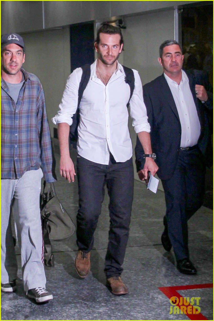 bradley cooper shirtless after brazil arrival with hangover guys 062879426