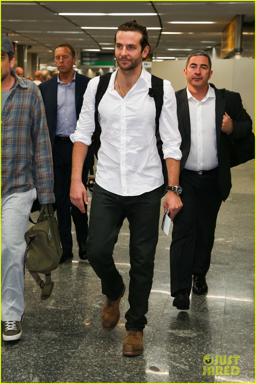 bradley cooper shirtless after brazil arrival with hangover guys 292879449