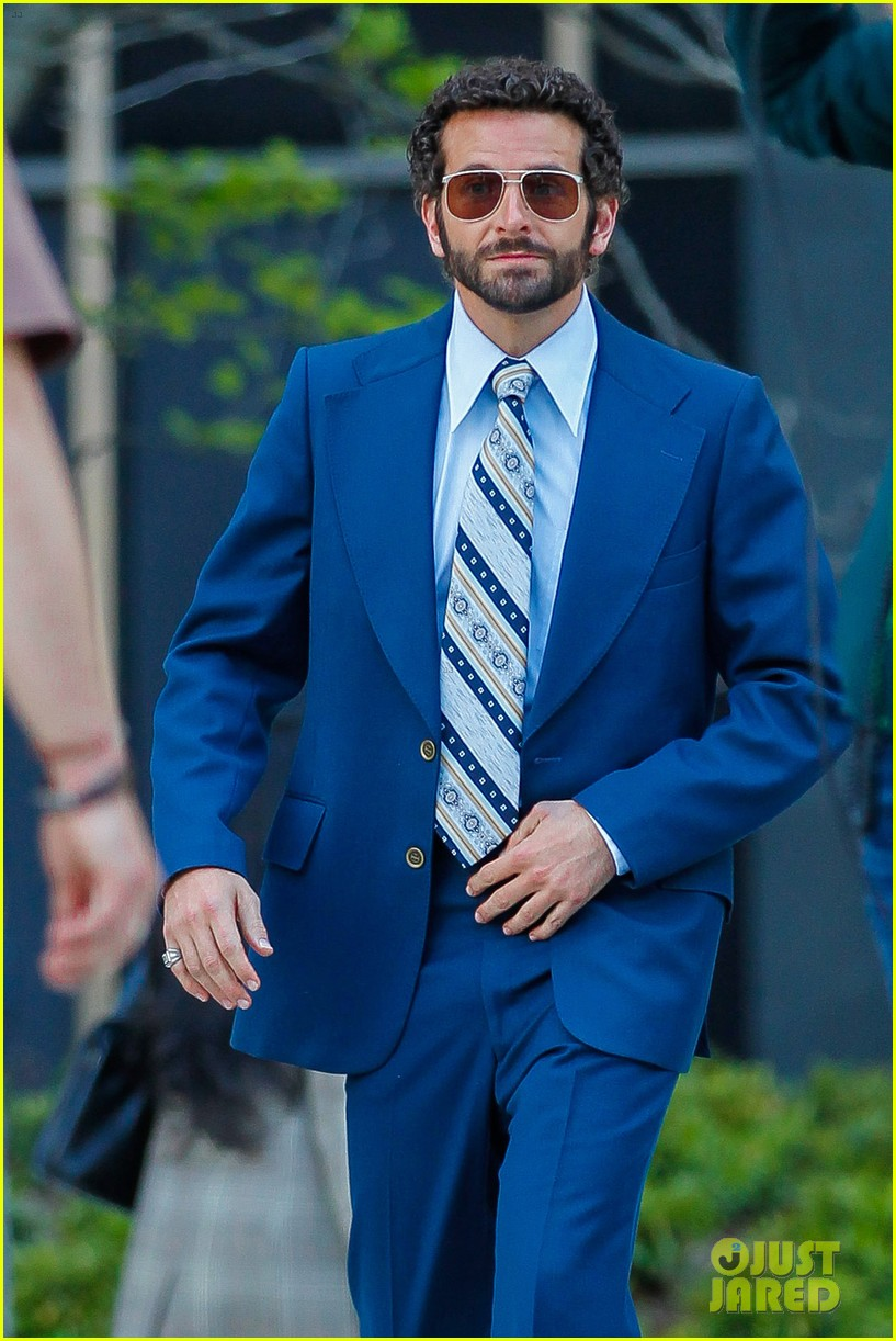 bradley cooper works out before filming american hustle 052873320