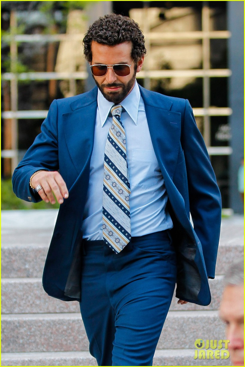 bradley cooper works out before filming american hustle 122873327