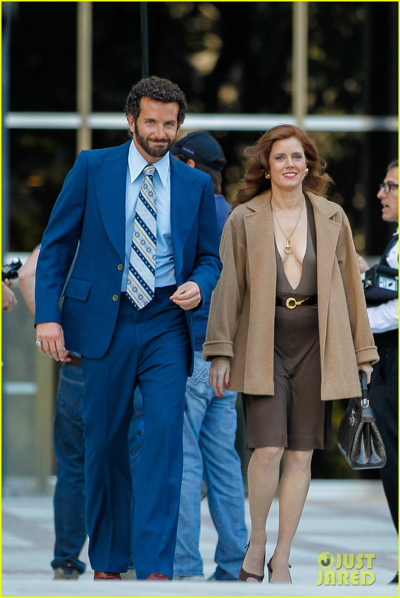 bradley cooper works out before filming american hustle 19