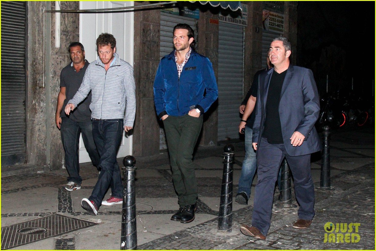 bradley cooper hangover night out with the cast 112880710