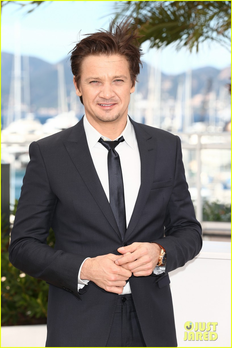 marion cotillard jeremy renner cannes the immigrant photo call 042877183