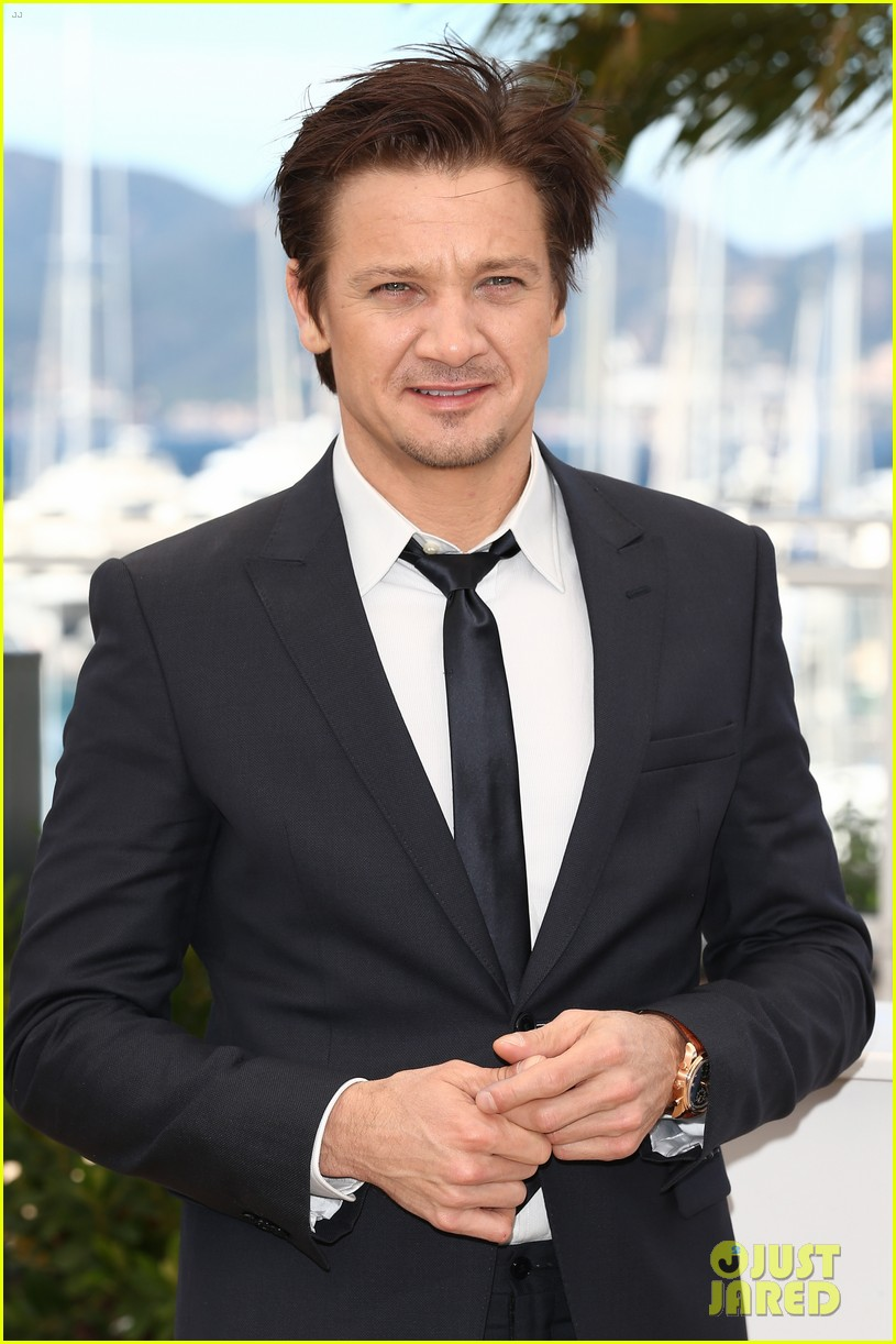 marion cotillard jeremy renner cannes the immigrant photo call 072877186