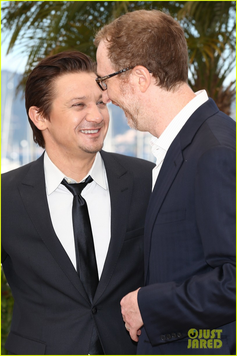 marion cotillard jeremy renner cannes the immigrant photo call 08
