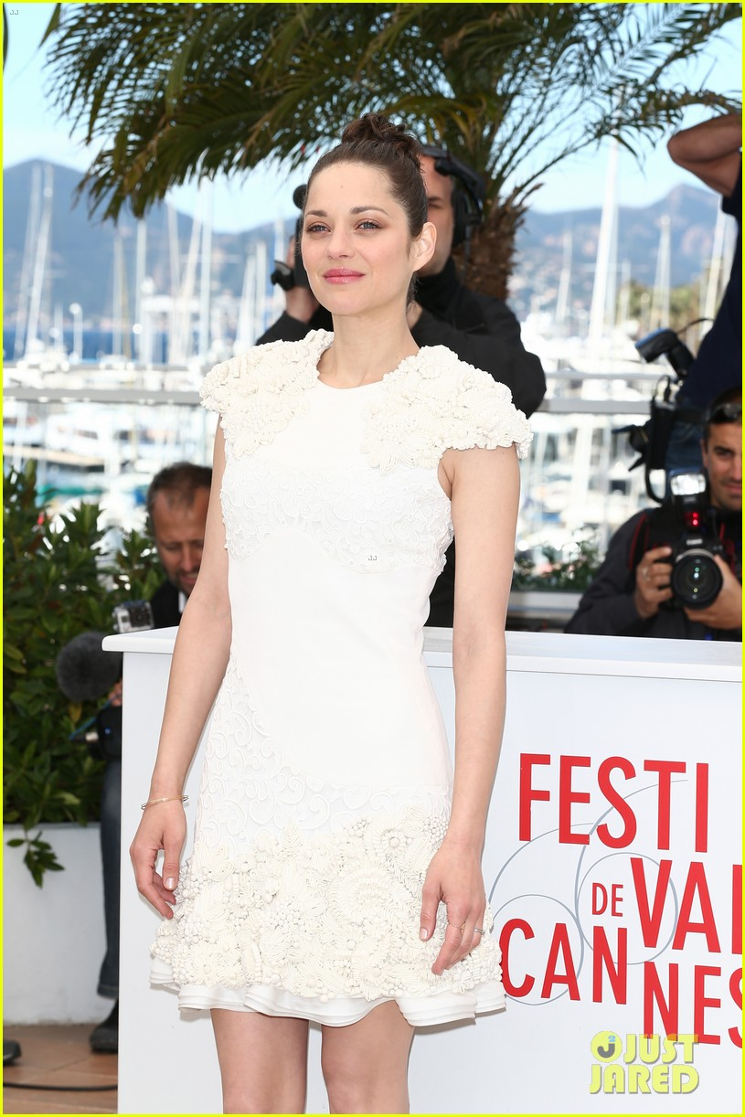 marion cotillard jeremy renner cannes the immigrant photo call 11