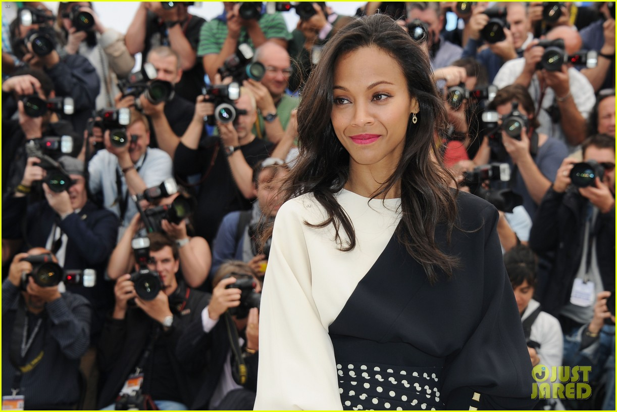 marion cotillard zoe saldana cannes blood ties photo call 092874584