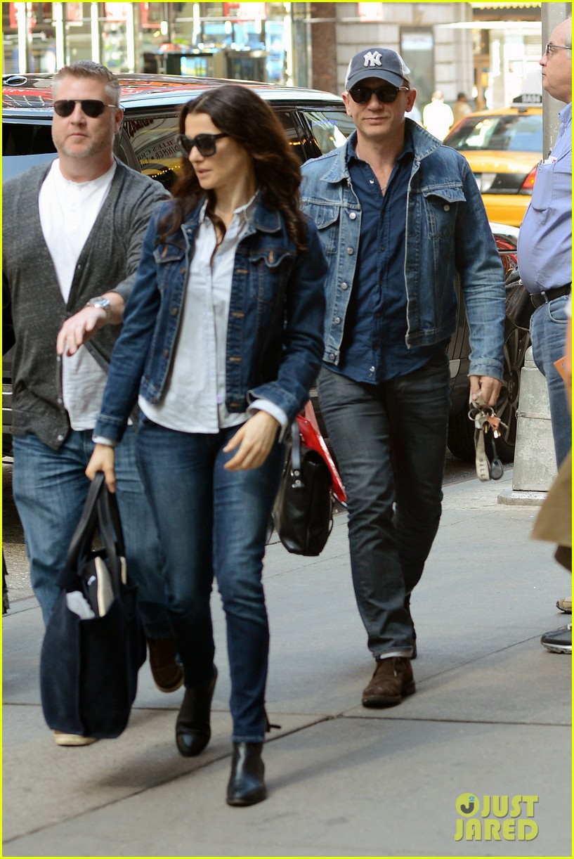daniel craig rachel weisz denim jacket duo 012867871