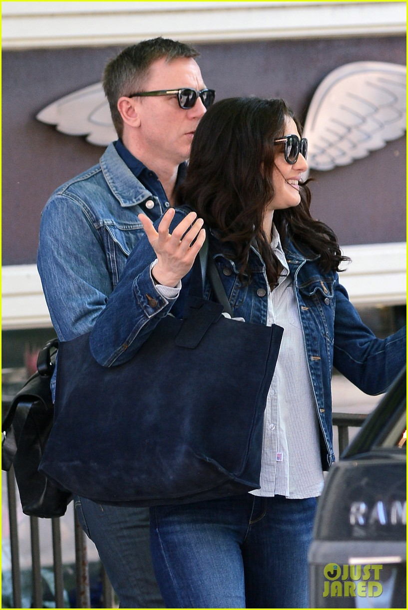 daniel craig rachel weisz denim jacket duo 022867872