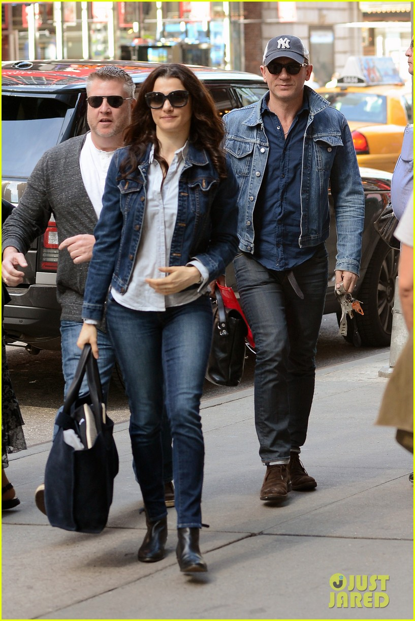 daniel craig rachel weisz denim jacket duo 102867880