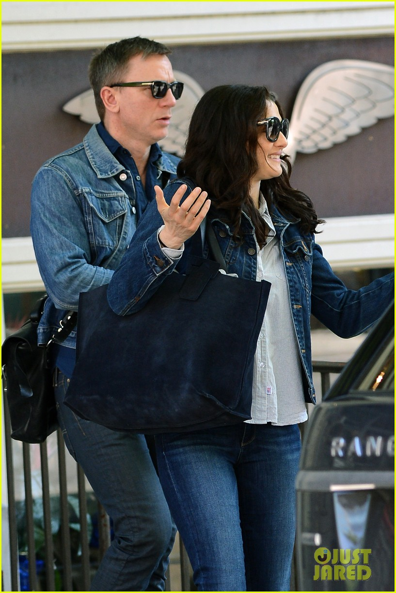 daniel craig rachel weisz denim jacket duo 162867886